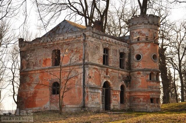 Pałac w Cieszacinie