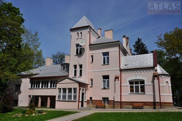 Pałac Bobrowskich w Długiem