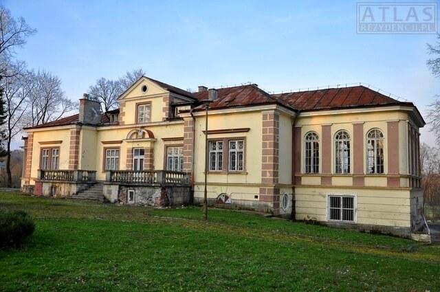 Dwór w Hadlach Szklarskich