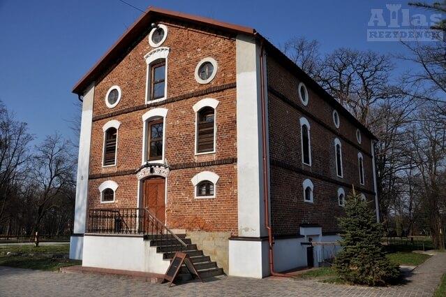 Spichlerz - Pałac w Jasionce