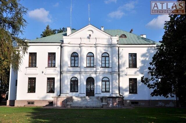 Pałac Potockich w Józefowie n. Wisłą