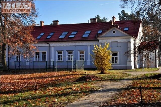 Dwór Zamoyskich w Piskorowicach-Mołyniu