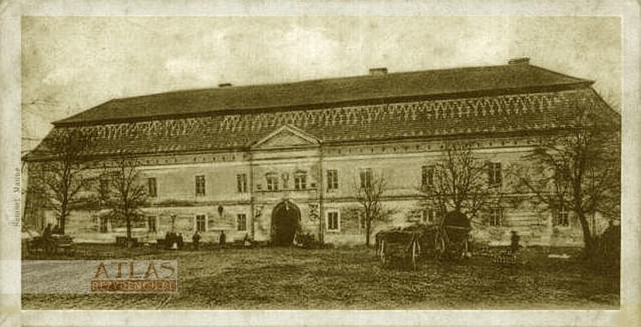 zamek_niepołomice_archiwalne_foto_1