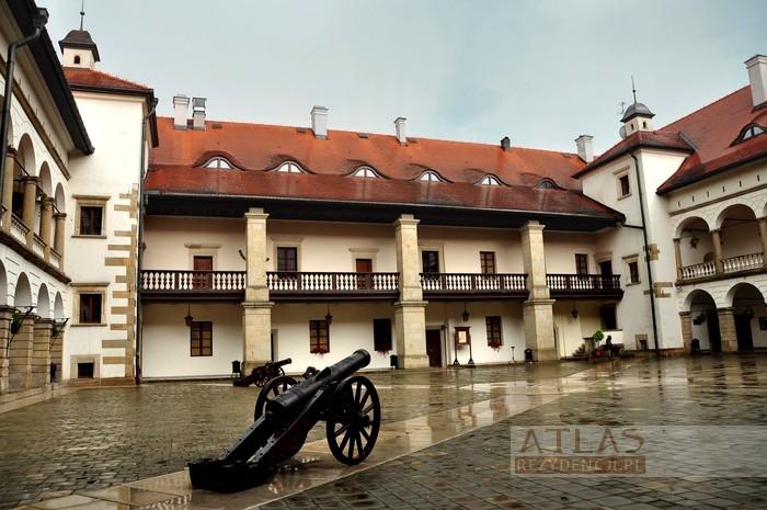 zamek_niepołomice_foto_11