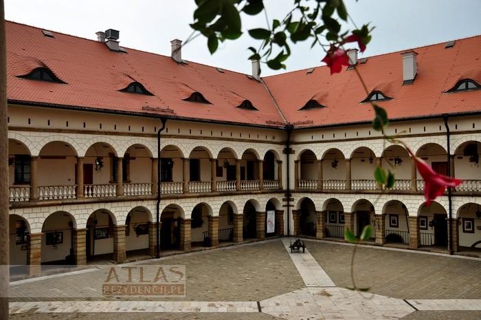 zamek_niepołomice_foto_16