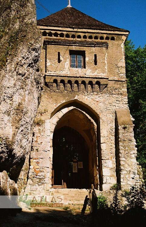 Zamek_Ojców_foto_2