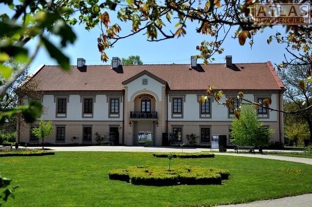 Pałac w Stalowej Woli-Rozwadowie