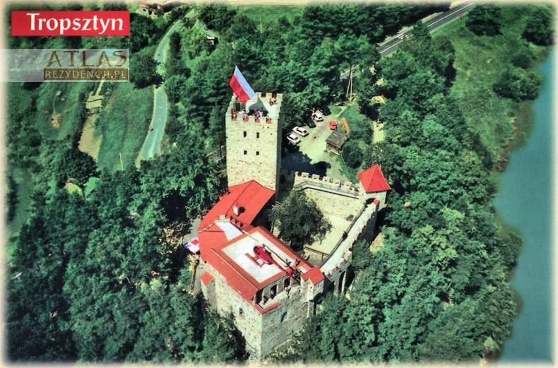 zamek_tropsztyn_z_lotu_ptaka_pocztówka