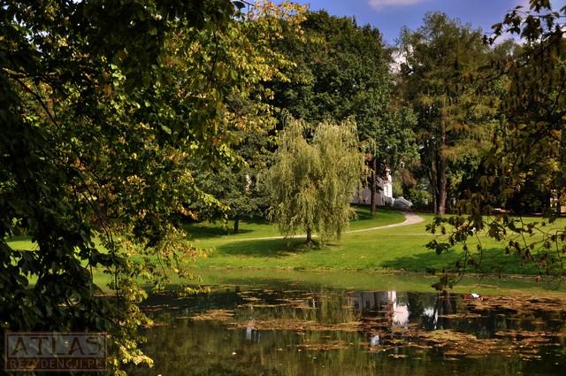 Wierzchowiska-Park dworski