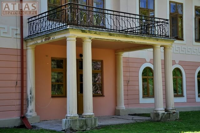 Pałac w Żyznowie - balkon