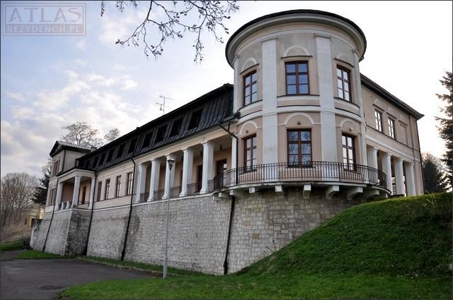 Nozdrzec - Pałac Skrzyńskich