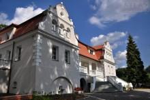 Wierzchowiska - Dwór