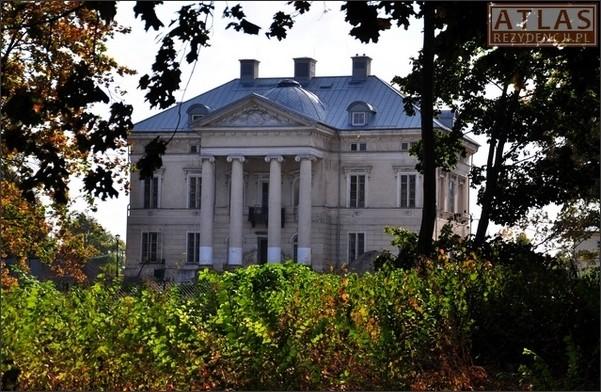 Niezdów - Pałac Lubomirskich