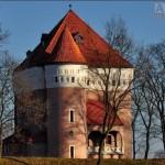 Rzemień - Zamek - Baszta mieszkalna