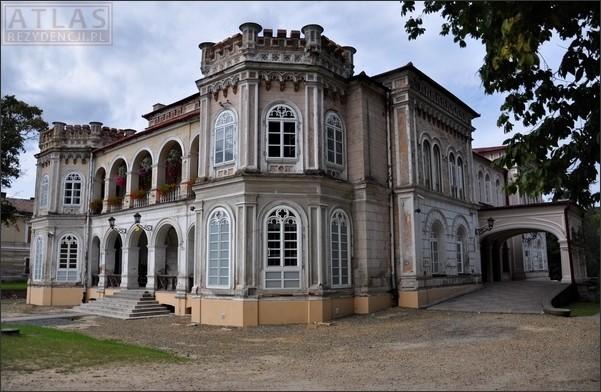 Tyczyn - Pałac